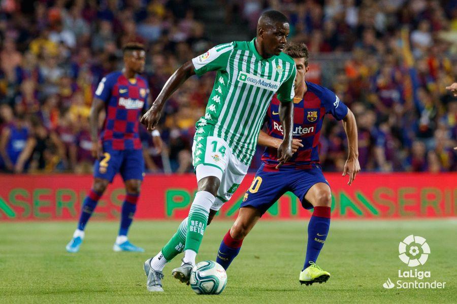 صور مباراة : برشلونة - بيتيس 5-2 ( 25-08-2019 )  F0b458c28563313e9210a7a11970383d
