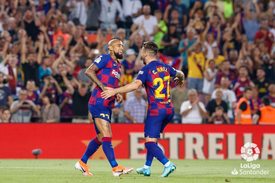 صور مباراة : برشلونة - بيتيس 5-2 ( 25-08-2019 )  Fa9f319737cc049a56b7a70a136cda06