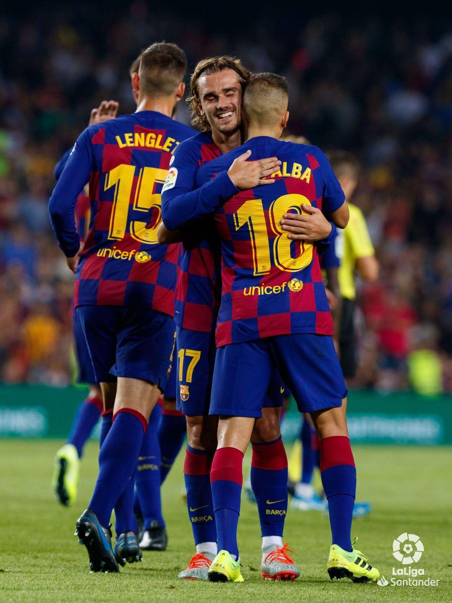 صور مباراة : برشلونة - بيتيس 5-2 ( 25-08-2019 )  Fd8dfab64bcce745a23826a5f5ab3283