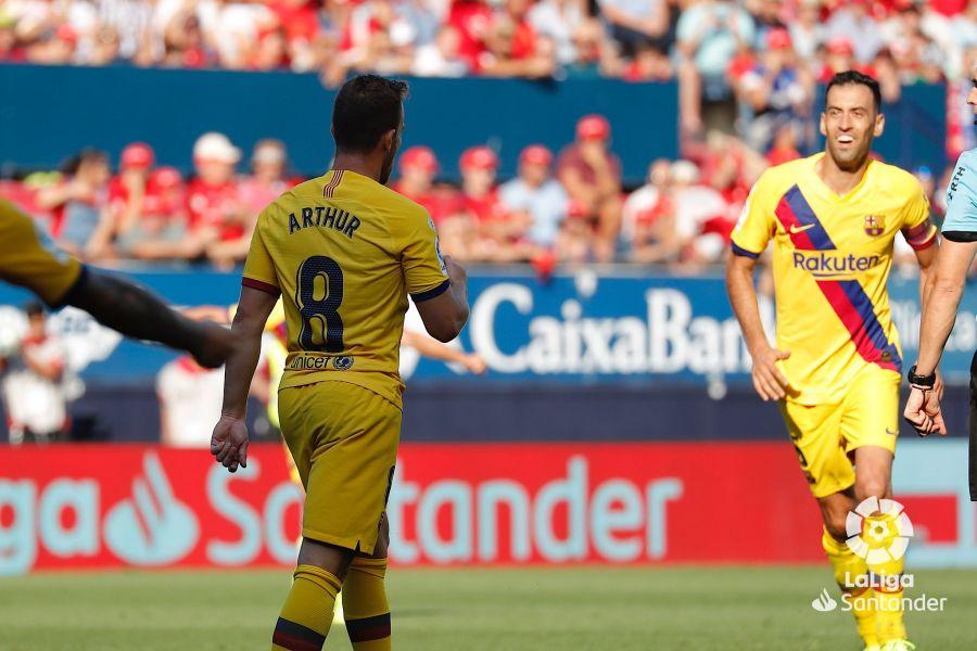 صور مباراة : أوساسونا - برشلونة 2-2 ( 31-08-2019 )  0279d3af4441d03e95e810a898ffa4c4