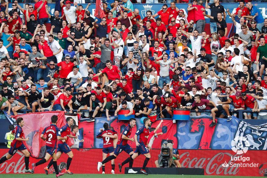 صور مباراة : أوساسونا - برشلونة 2-2 ( 31-08-2019 )  10e4fde59933b9eddbc7015ab1a1bbb3