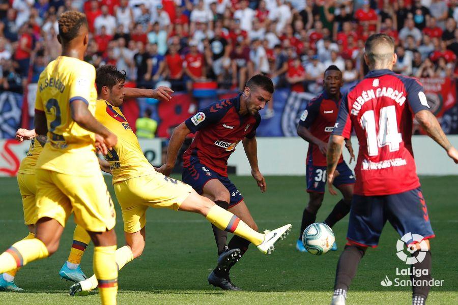 صور مباراة : أوساسونا - برشلونة 2-2 ( 31-08-2019 )  26a1c87c24c550b0b247c75c71346a75