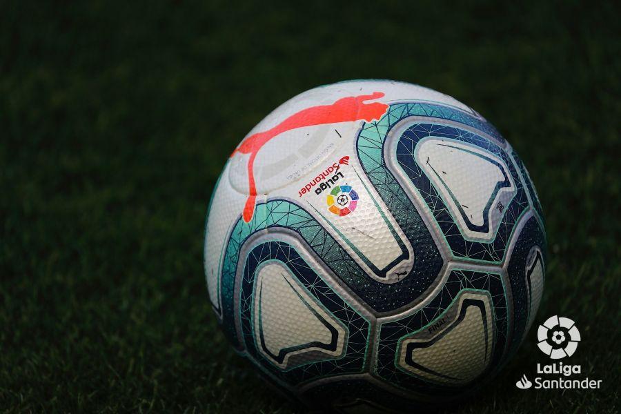 صور مباراة : أوساسونا - برشلونة 2-2 ( 31-08-2019 )  35ae154613c488fbd0a6980951fb5f7e