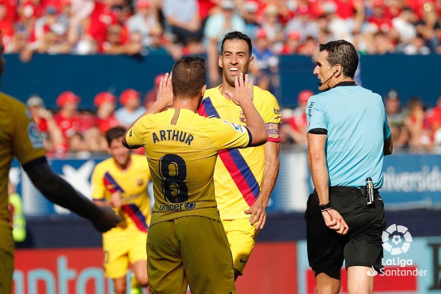 صور مباراة : أوساسونا - برشلونة 2-2 ( 31-08-2019 )  3b97ddd28ac2e4ac7c4a4877e33eec29