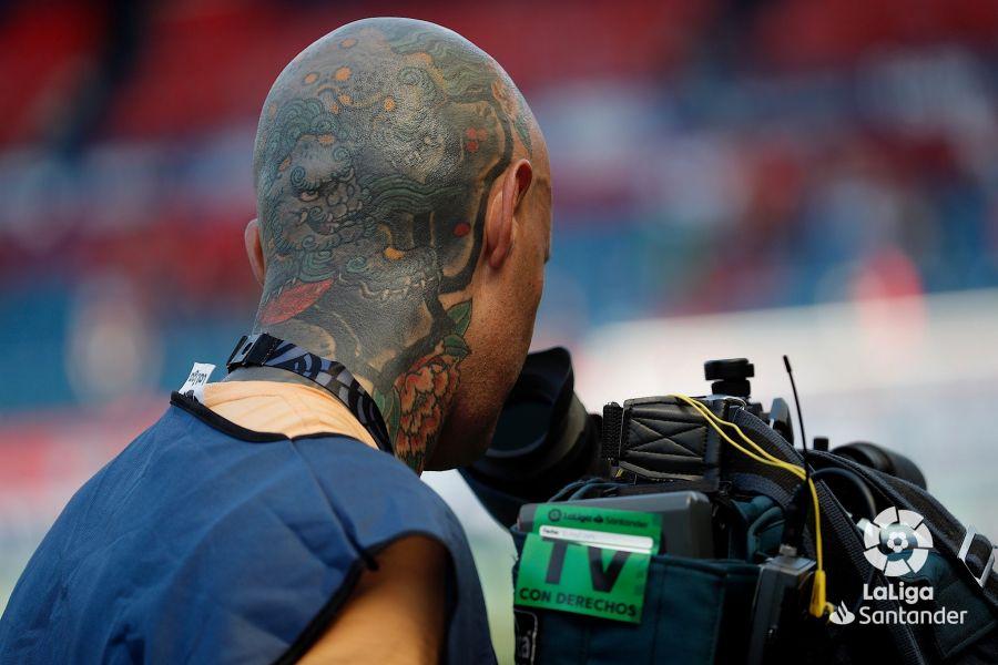 صور مباراة : أوساسونا - برشلونة 2-2 ( 31-08-2019 )  5c07030482f031291ceae4b50e116c1e