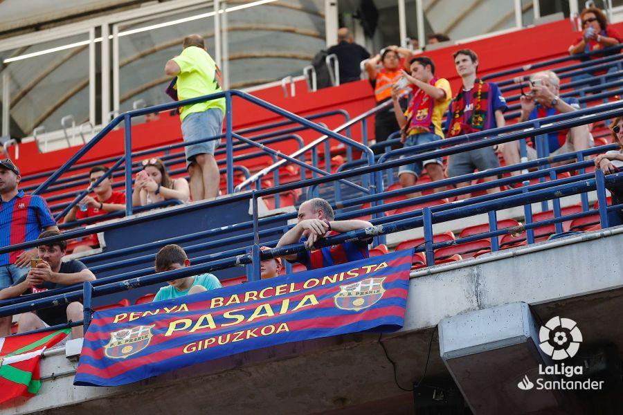 صور مباراة : أوساسونا - برشلونة 2-2 ( 31-08-2019 )  9d94301e503b0f6b06cc1aeee8a02574
