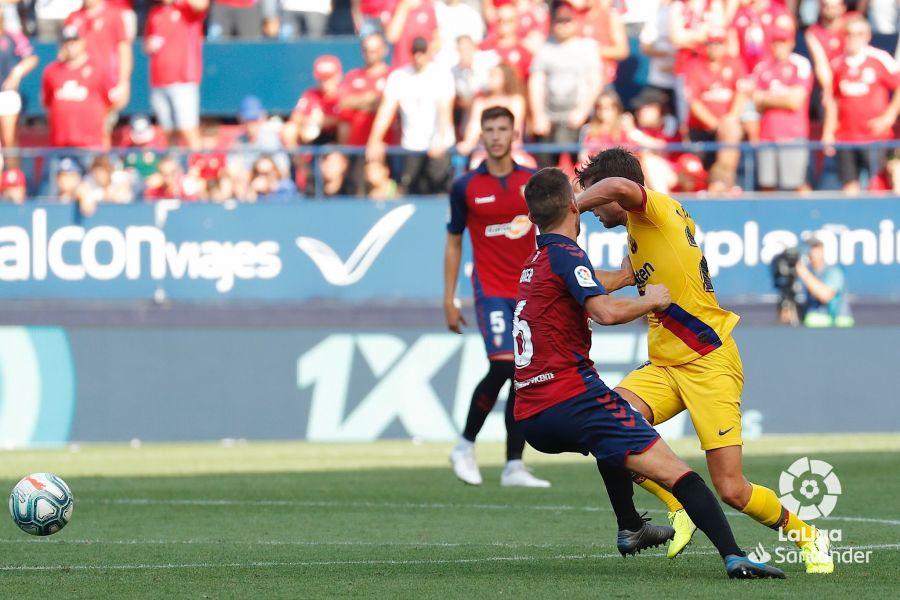 صور مباراة : أوساسونا - برشلونة 2-2 ( 31-08-2019 )  C1893e7d17bbf08805a8e50445f090ef
