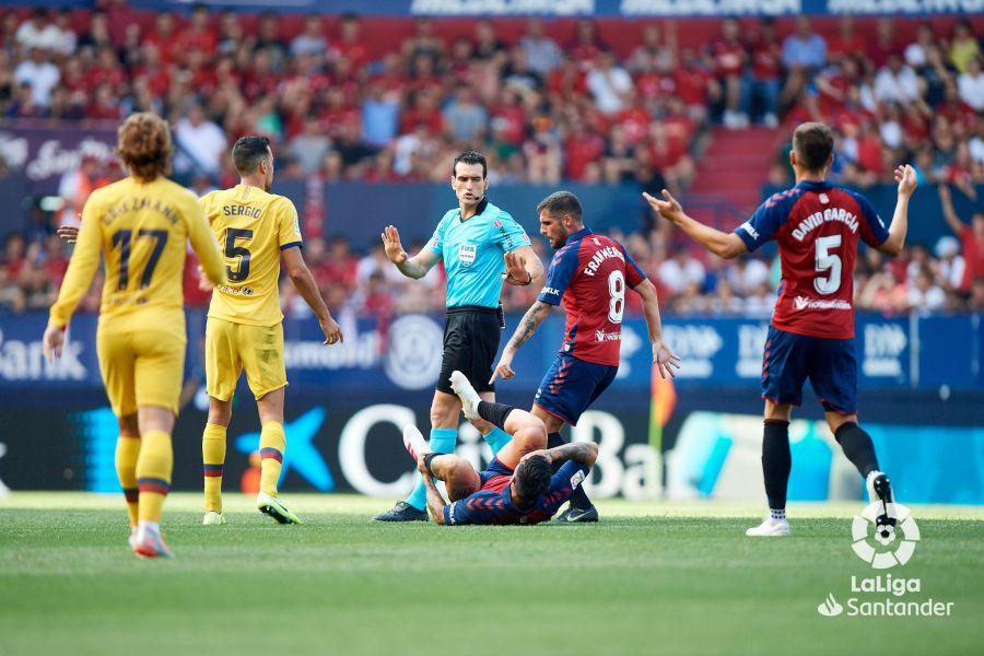 صور مباراة : أوساسونا - برشلونة 2-2 ( 31-08-2019 )  D649974475d4af8482b0e19e31ca48d9