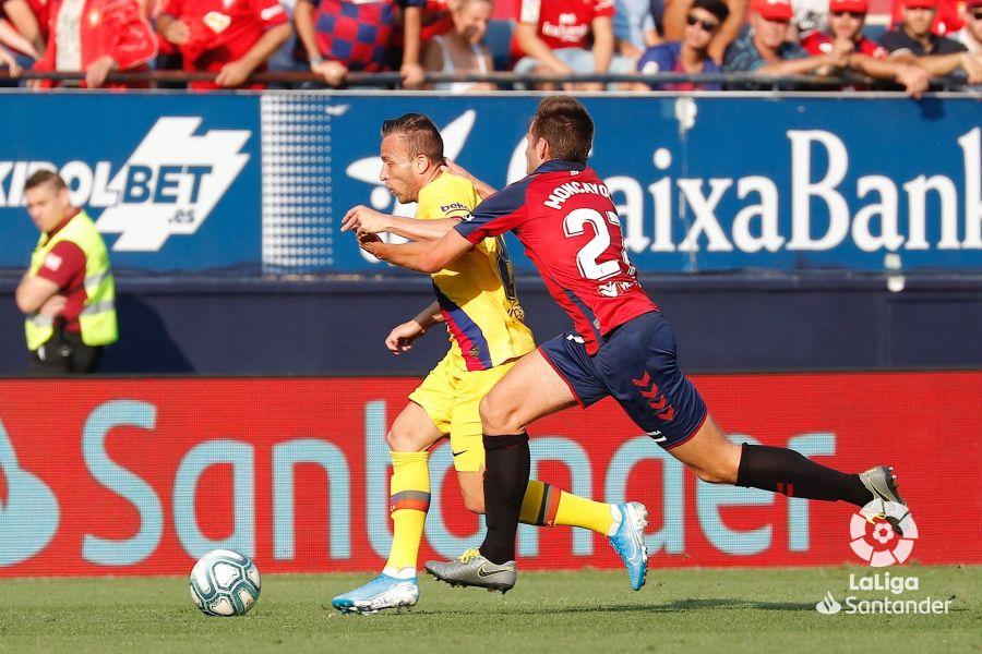 صور مباراة : أوساسونا - برشلونة 2-2 ( 31-08-2019 )  Eba72024a621dbb0208a7c53a85a8898