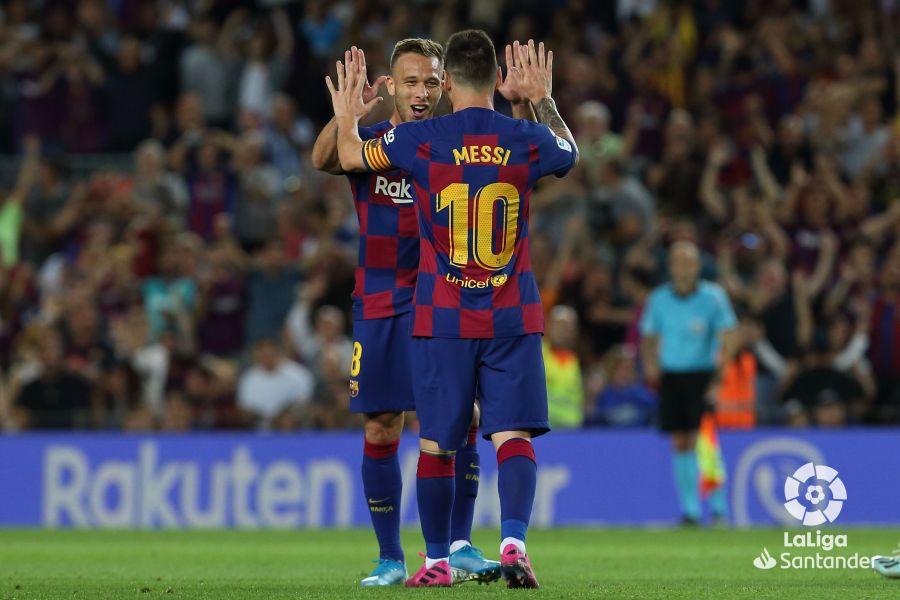 صور مباراة : برشلونة - فياريال 2-1 ( 24-09-2019 )  63d372072fd0dafe9da619d562bbe54e