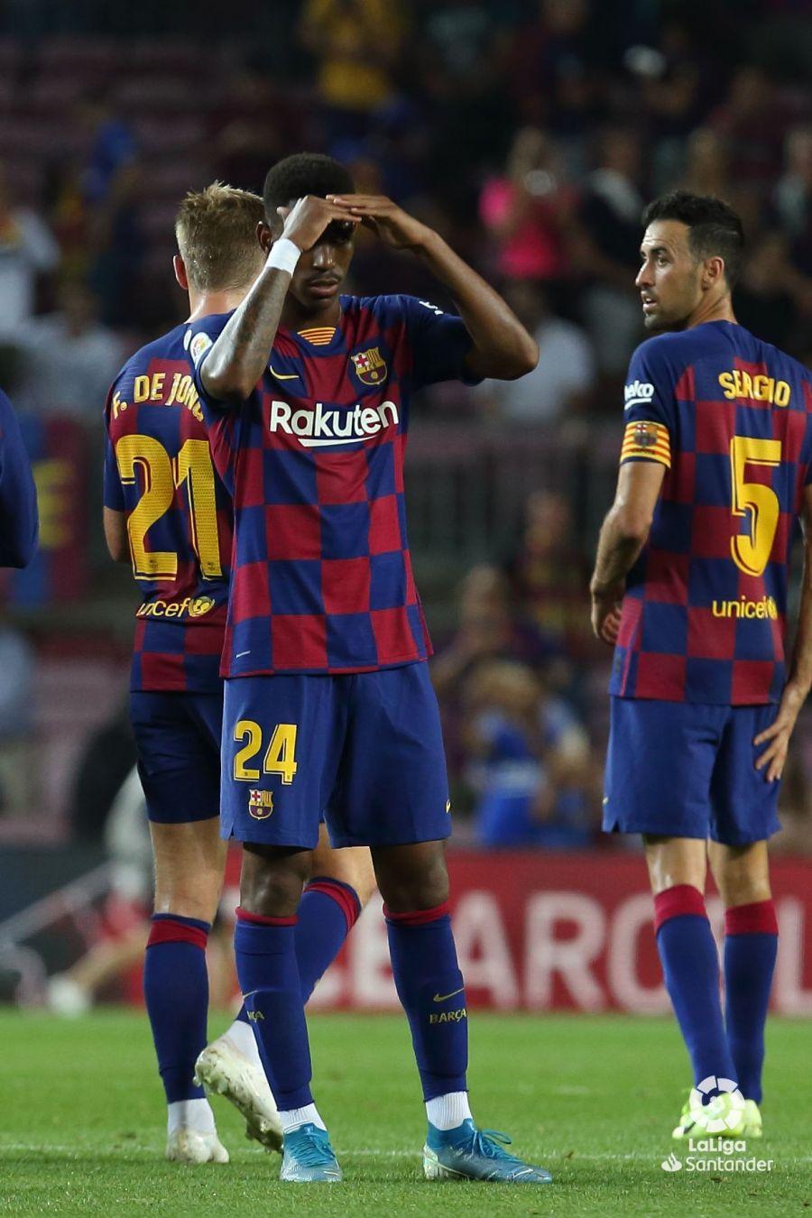 صور مباراة : برشلونة - فياريال 2-1 ( 24-09-2019 )  8c5f7546d06444fe631fedbf0d4f6a24
