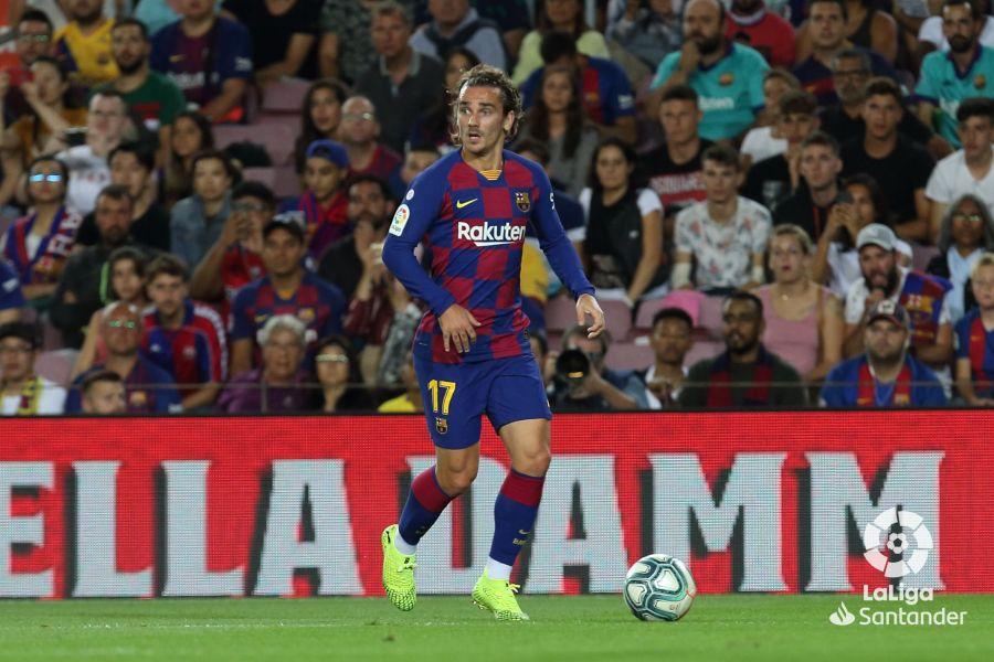 صور مباراة : برشلونة - فياريال 2-1 ( 24-09-2019 )  8d12f4e812835a93d5209f34fddcbfb8