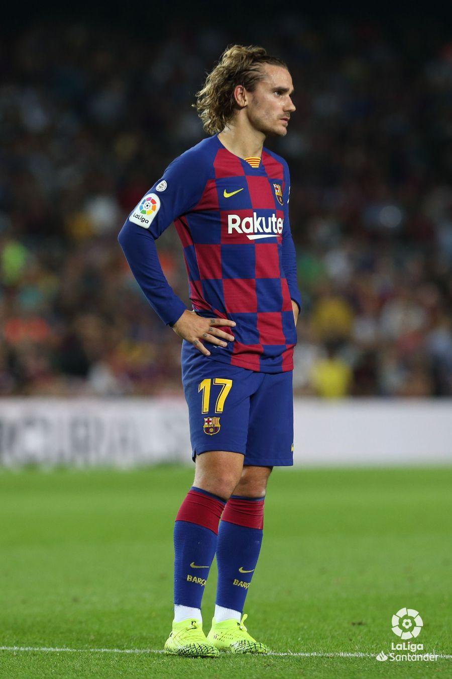 صور مباراة : برشلونة - فياريال 2-1 ( 24-09-2019 )  8edf09f71a656dc869423c657d1b4632