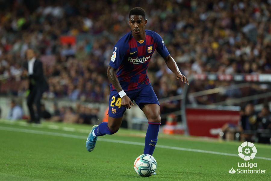 صور مباراة : برشلونة - فياريال 2-1 ( 24-09-2019 )  Bed074a1979cc38a4f487a5a0e34f4f5