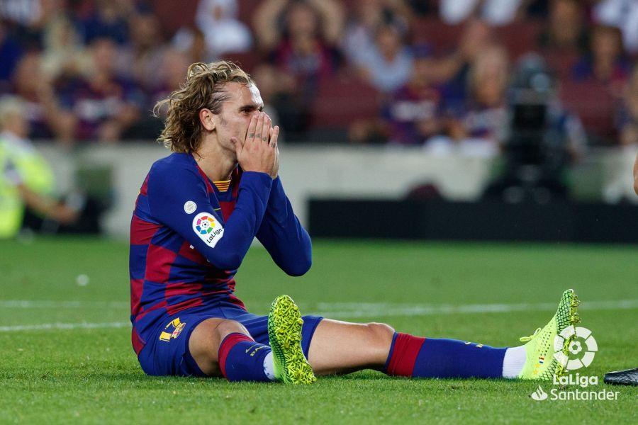 صور مباراة : برشلونة - فياريال 2-1 ( 24-09-2019 )  5c3dd2551d344b910e300a32830219f9