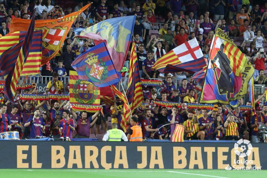 صور مباراة : برشلونة - فياريال 2-1 ( 24-09-2019 )  9f16c0e217a2f728daca1b2708db8b53