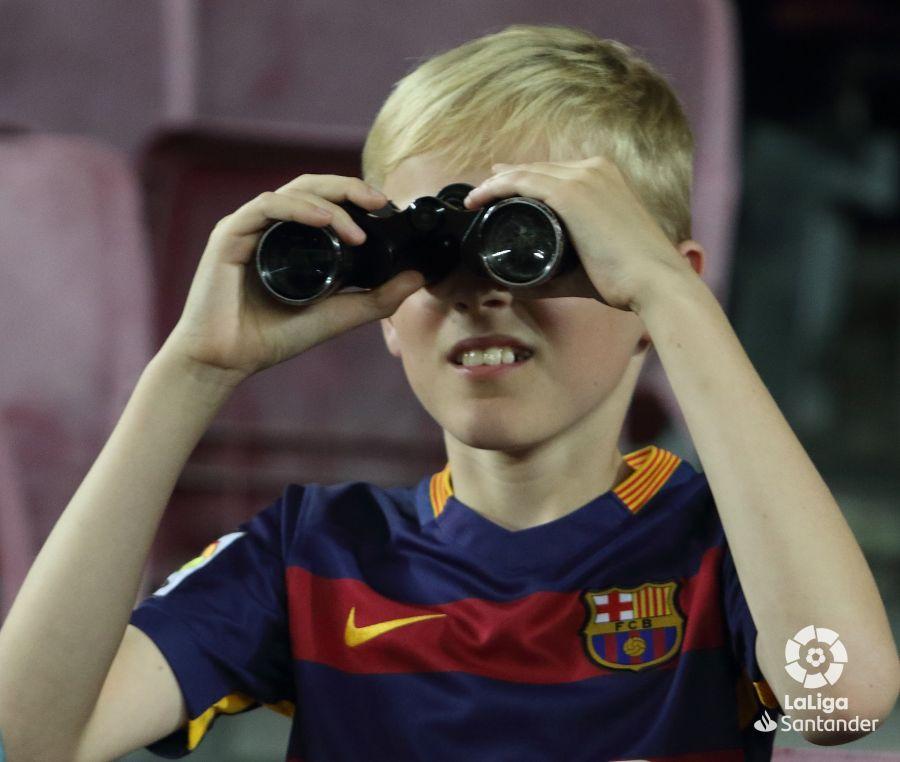 صور مباراة : برشلونة - إشبيلية 4-0 ( 06-10-2019 )  0bf4bf4019825d2a28344d00ab88a6bb