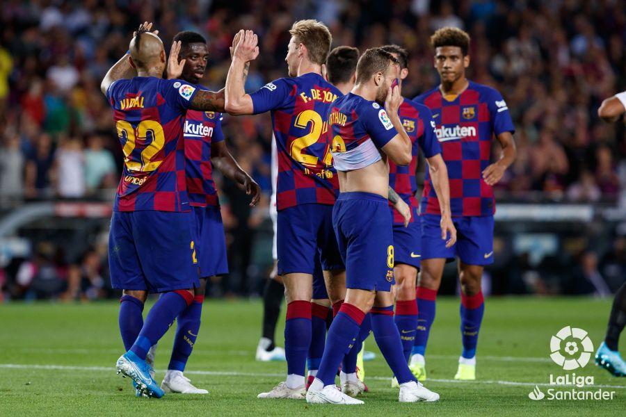 صور مباراة : برشلونة - إشبيلية 4-0 ( 06-10-2019 )  20f91e5f50e34e22a51a5e09cafb190e
