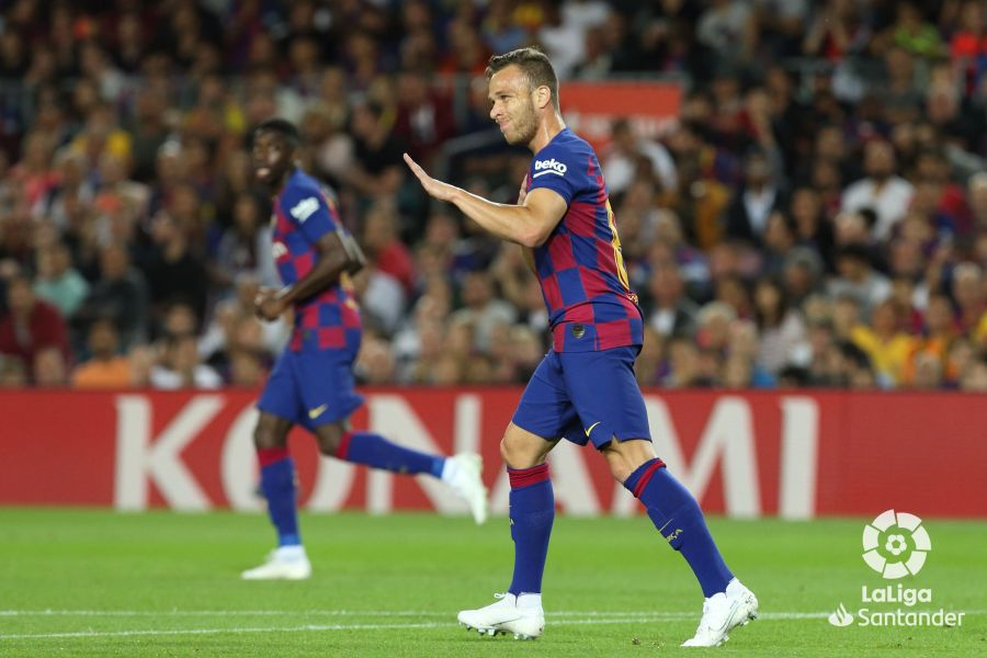 صور مباراة : برشلونة - إشبيلية 4-0 ( 06-10-2019 )  4331094ad49cf0b6acb85d6be5d91a35