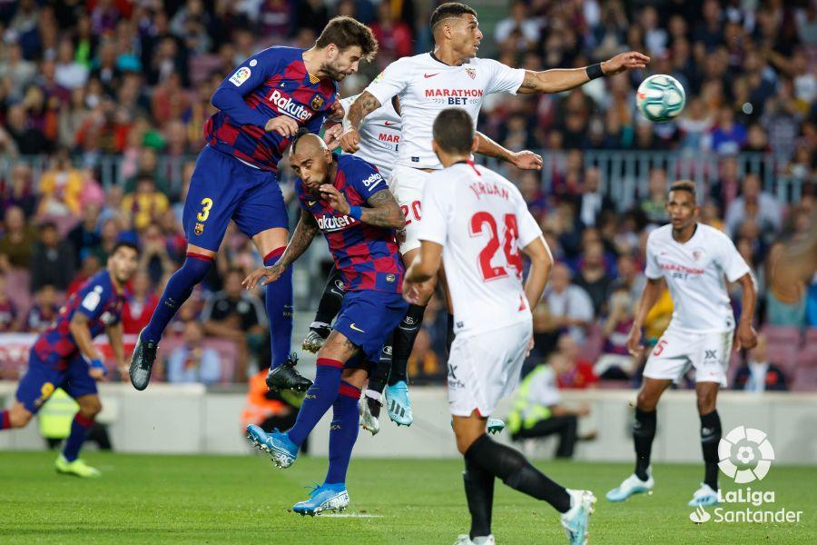 صور مباراة : برشلونة - إشبيلية 4-0 ( 06-10-2019 )  96b4ddef73e51637a32d95854731a72e