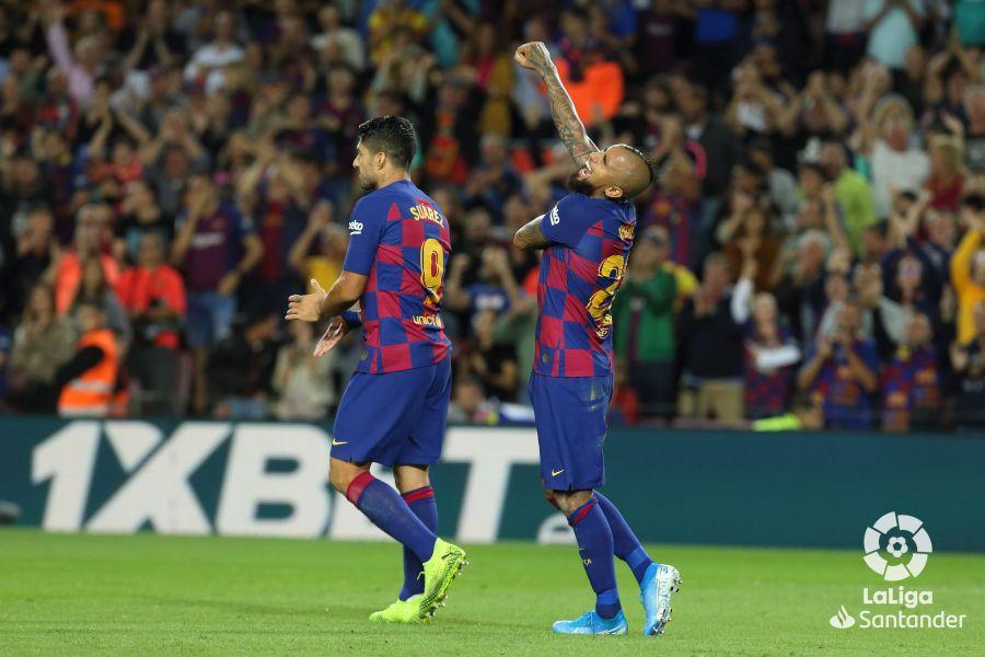 صور مباراة : برشلونة - إشبيلية 4-0 ( 06-10-2019 )  Aff05a2f9b81b6db6e04d011099b3436