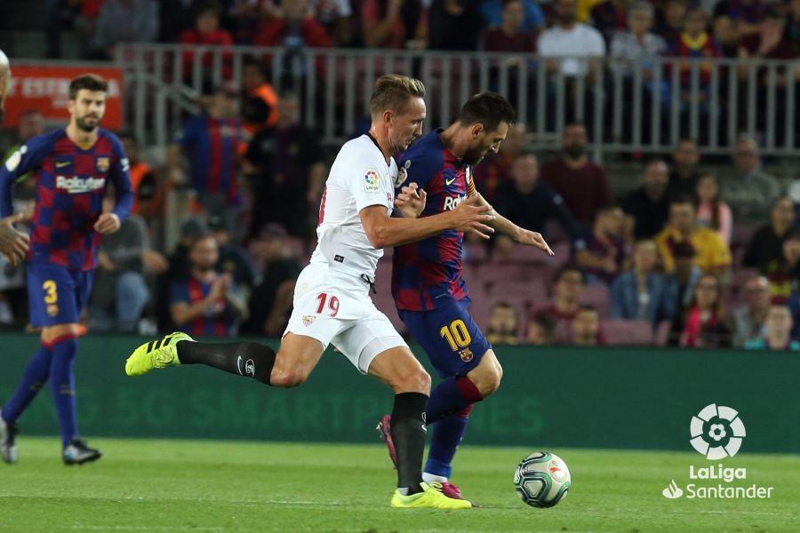 صور مباراة : برشلونة - إشبيلية 4-0 ( 06-10-2019 )  Cd3db40a4b1e56dadc243c942a0a007b