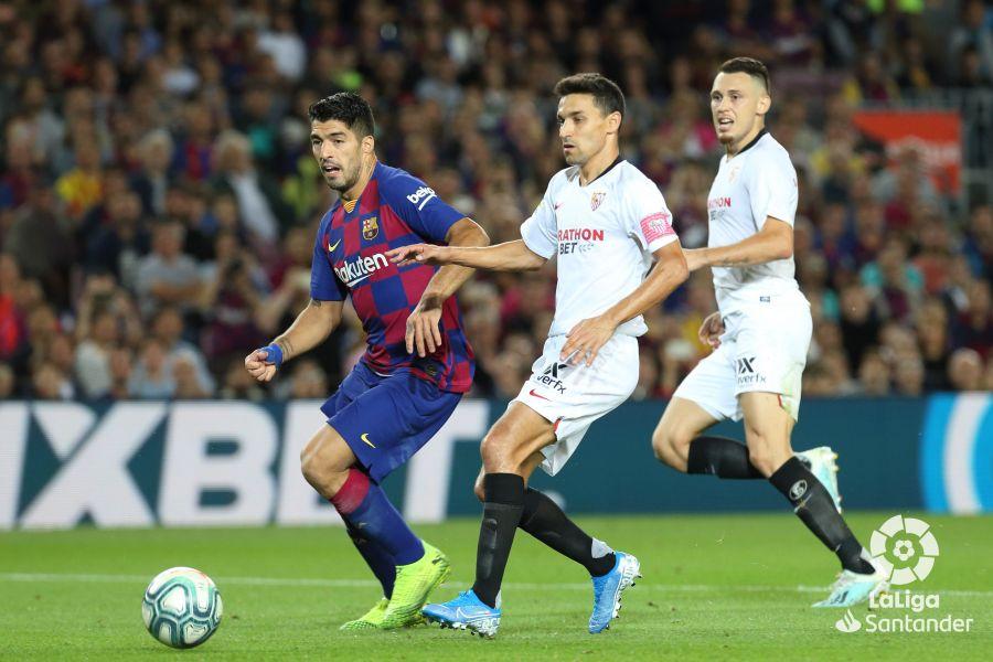 صور مباراة : برشلونة - إشبيلية 4-0 ( 06-10-2019 )  Dcd1f9a40feccf32dd180869b37a2ee5