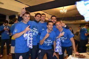 Los jugadores del Deportivo, felices por regresar a la Liga BBVA