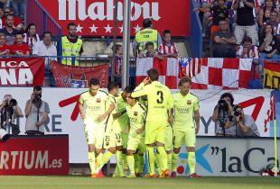 Los jugadores del FC Barcelona celebran el 0-1
