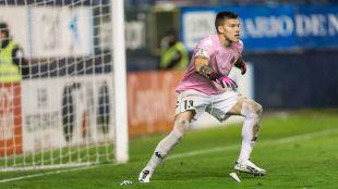 2. Isaac Becerra (Girona FC). El guardameta del equipo gerundense también jugó todos los minutos posibles, con 3.780 en los 42 envites de la temporada regular
