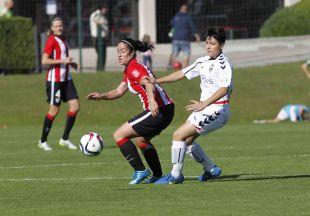 Un lance del encuentro entre el Athletic Club femenino y el Fundación Albacete.