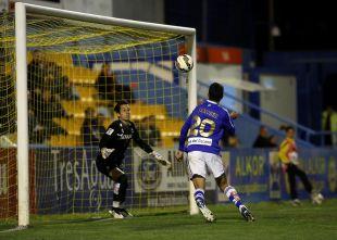 Hernán Menosse ha anotado todos sus goles de cabeza (4)