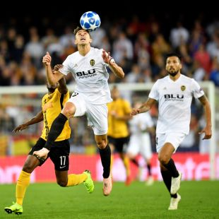 Valencia CF - Young Boys // EFE/ Anthony Anex