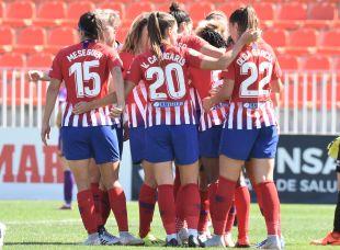 El Atlético celebra el gol de Amanda Sampedro.