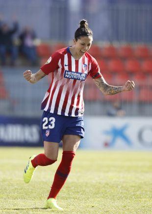 Jenni Hermoso celebra su hat-trick ante el Málaga.