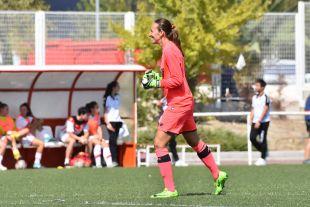 Pamela Tajonar celebra el primer punto de la temporada del Sevilla.