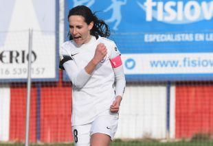 Saray celebra, con rabia, el gol que significó la victoria del Madrid CFF ante el F. Albacete.