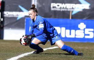 Larqué, una de las jugadoras más destacadas del At. Madrid Femenino - Santa Teresa.