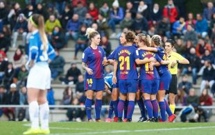Mapi, Martens y Toni Duggan marcaron los goles del triunfo del FC Barcelona frente al RCD Espanyol en el derbi catalán