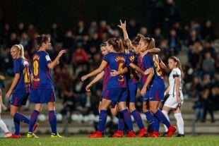 Bárbara Latorre celebra uno de los cuatro tantos que marcó ante el Madrid CFF.