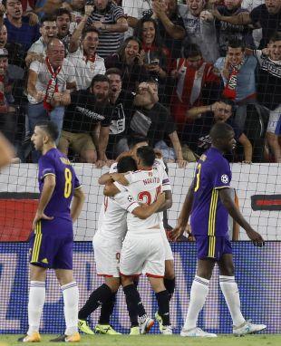Sevilla - Maribor. EFE/Julio Muñoz
