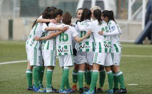 El R. Betis venció al Levante (2-0) y sumó su cuarta victoria consecutiva.