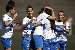El Granadilla Egatesa celebra la victoria por 2-0 ante el Zaragoza CFF
