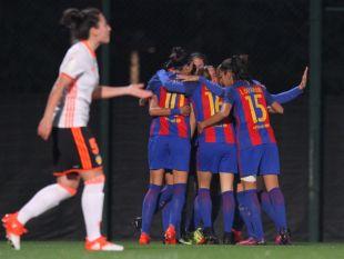 Andressa Alvés adelanta al Barcelona en el minuto dos.