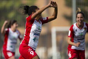 Vania celebra su gol ante la Real Sociedad