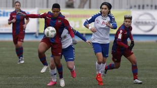 Ida Rebecca debutó ante el Zaragoza.