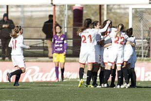 El Sevilla celebra el gol de Jenni Morilla.