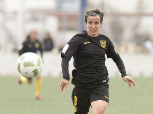 Sonia Bermúdez, la máxima goleadora de la Liga Femenina Iberdrola, marcó dos de los tres goles que significaron la victoria de su equipo ante el Sporting Huelva.