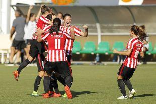 El Athletic celebra su victoria ante el R. Betis Féminas.