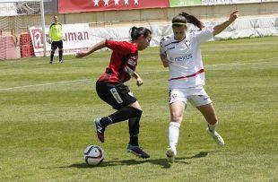 Un lance del partido entre el F. Albacete y el Sporting de Huelva.